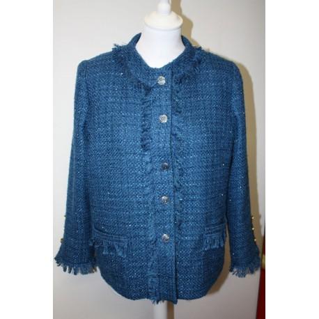 veste en tissus coloris bleu
